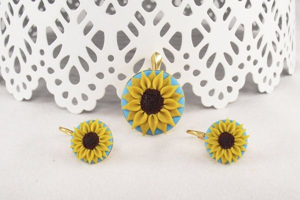 Set cercei şi pandantiv Sunflower (floarea soarelui)